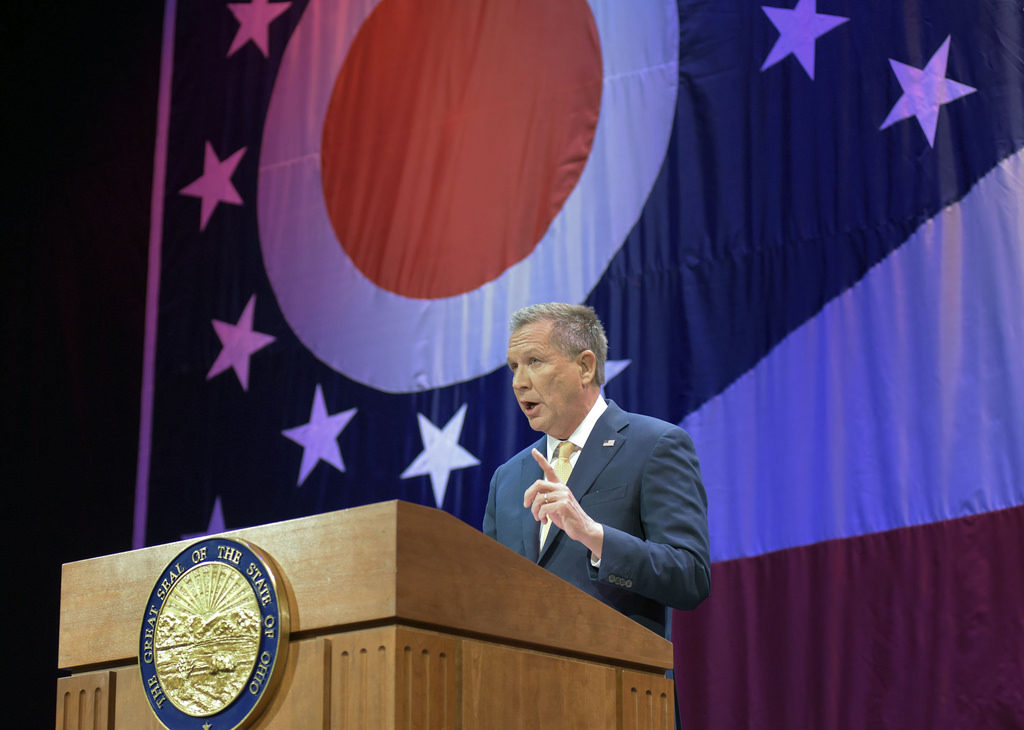Gov. Kasich gives his State of the State address to Ohioans and members of the General Assembly at the Peoples Bank Theatre in Marietta. Photo courtesy of the Office of the Governor.
